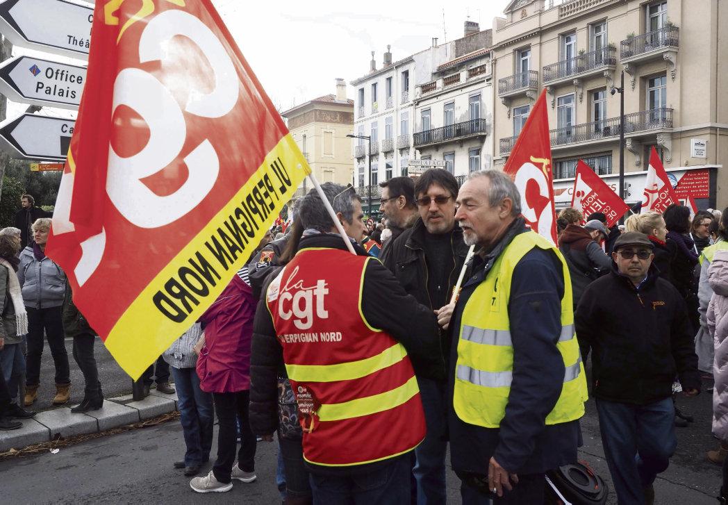 Координация действий «жёлтых жилетов» и профсоюзов – первостепенная задача …