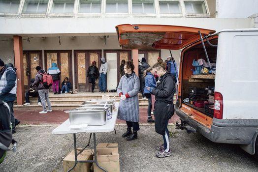 Охота на беженцев – позор городских властей Кале