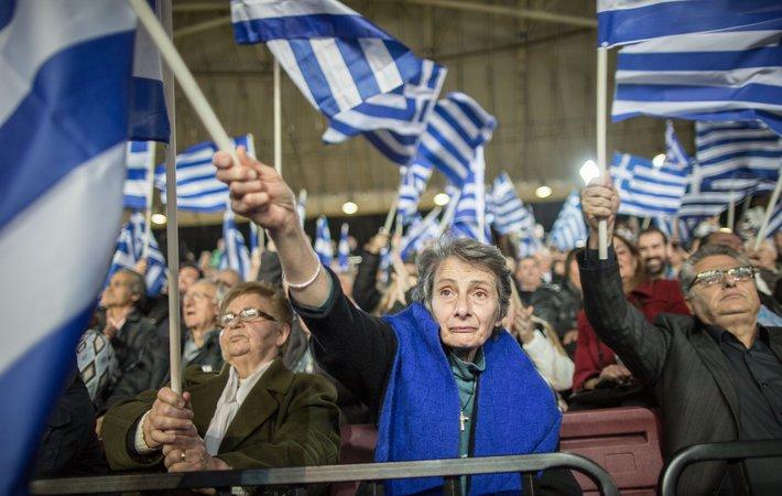 Все уже потеряли счёт сериям того плохого сериала, авторами которого стали кредиторы Греции. В понедельник вечером в Брюсселе, впервые за последние недели достав призрак Грекзита из мусорной корзины этой истории, сценаристы дополнили им театр ужасов.