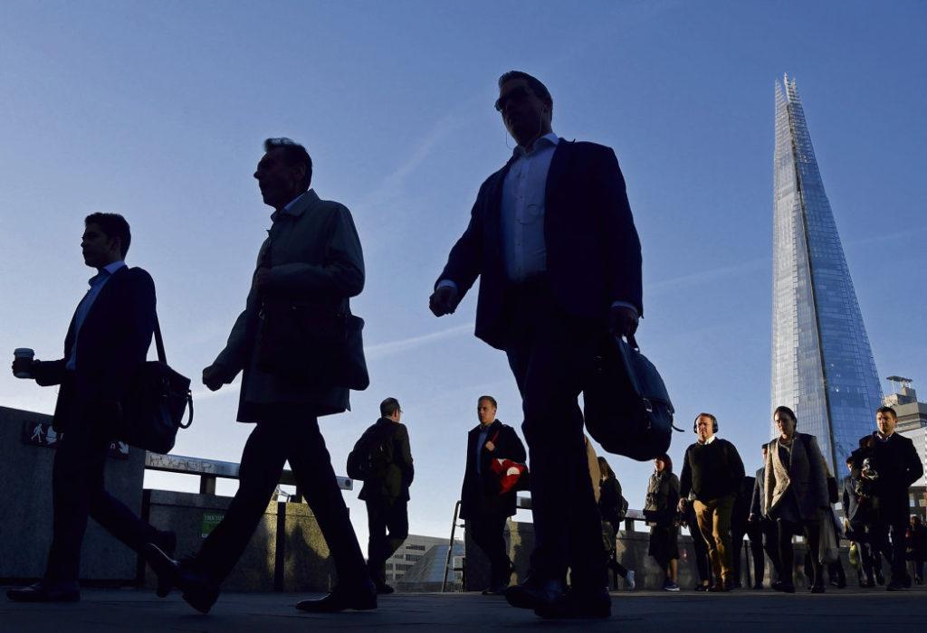 Пока Борис Джонсон готовится к вступлению в должность премьер-министра, банковские и страховые гиганты лондонского Сity пытаются употребить всё своё влияние на то, чтобы получить побольше выгод для финансовой олигархии.