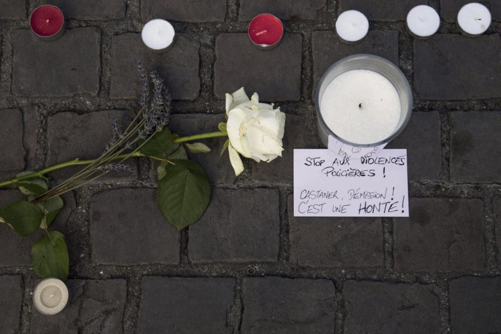 Участники событий, в ходе которых в ночь на 21 июня погиб Стив Канисо, оспаривают заключение органов правопорядка, сотрудники которых сваливают вину на организаторов Музыкального фестиваля города Нанта.