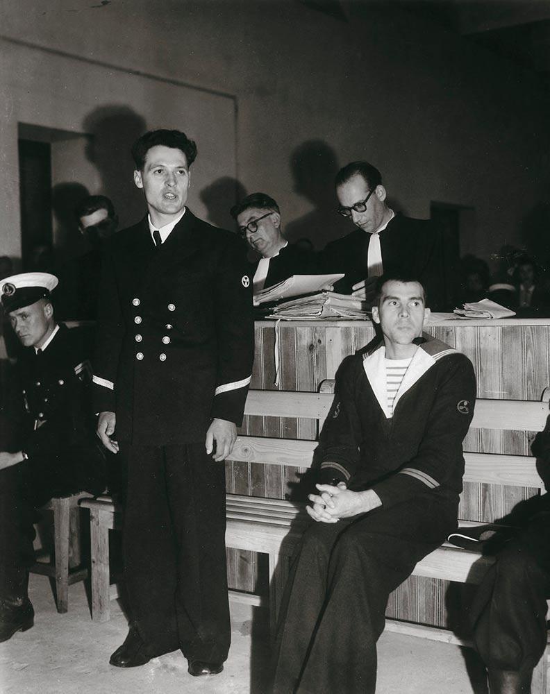 В 1950-1953 годах во Франции кипели страсти вокруг дела Анри Мартена – молодого моряка, коммуниста, участника Сопротивления и борца с колониализмом.