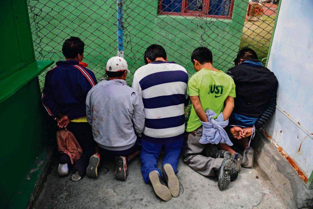 Безусловная поддержка оппозиции, финансовая помощь «борцам за демократию», одобрение заранее подготовленных мошеннических избирательных технологий и дальнейшее ведение процесса... Заинтересованные в «смене режима» США причастны ко всем этапам дестабилизации обстановки в Боливии.