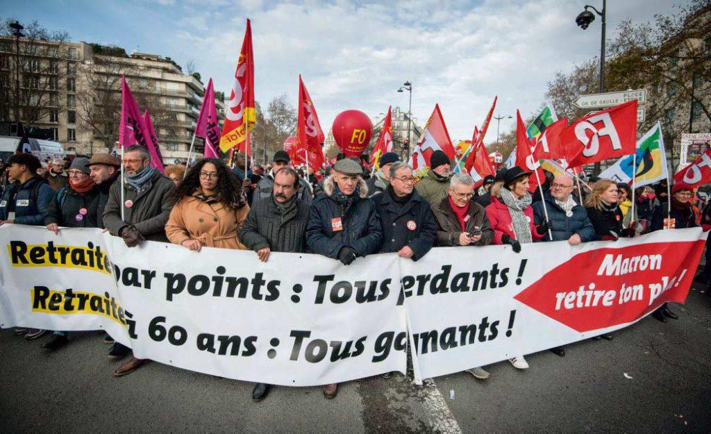 Профсоюзное движение набирает обороты: сегодня в манифестациях участвуют представители восьми крупнейших организаций. Однако цели протестующих совпадают не во всём.