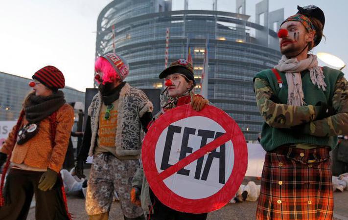 Путь предстоит ещё очень и очень долгий. В среду на пленарном заседании в Страсбурге евродепутаты должны принять решение по соглашению о свободной торговле между Канадой и Европейским союзом.