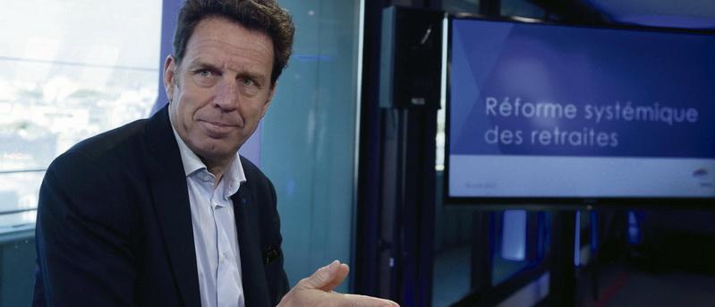 В четверг «Федерация работодателей Франции» Medef внесла ряд предложений по реформированию пенсионной системы: повышение пенсионного возраста до 64 лет и введение системы баллов. Их реализация может уничтожить солидарные основы пенсионного обеспечения.