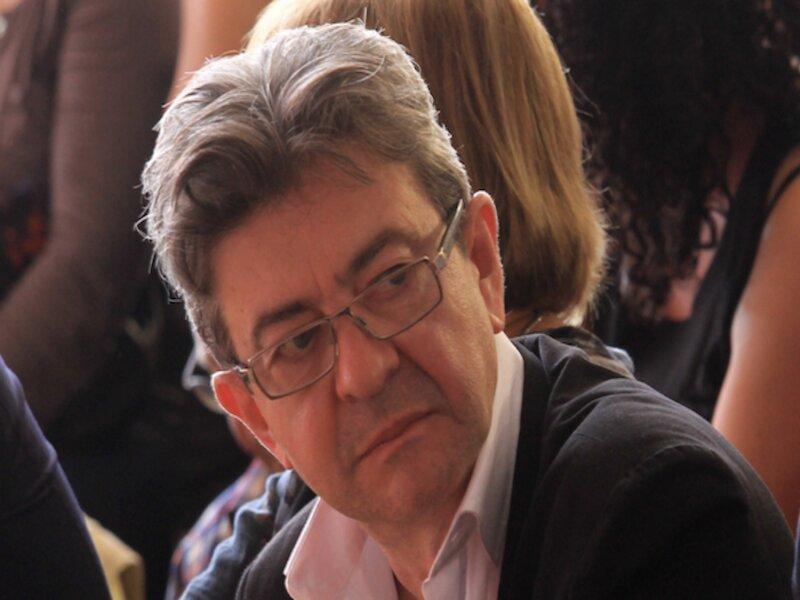 Депутат от «непокорённых», который на следующей неделе должен предстать перед судом города Бобиньи, заявил в четверг на пресс-конференции об организованном против него «судебном процессе с политической подоплёкой» и анонсировал выход новой книги.