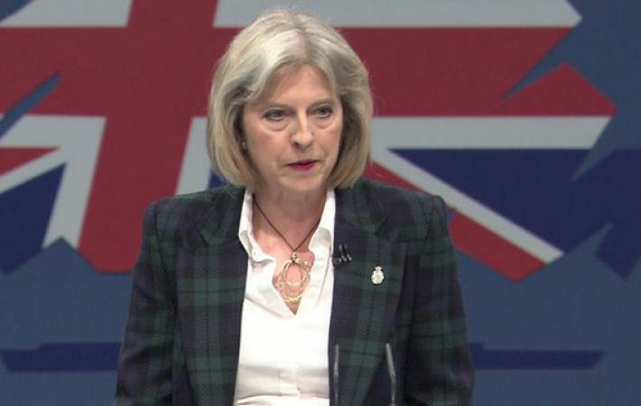 Держите её всем миром, иначе она за себя не отвечает! Тереза Мэй в своей речи объявила о том, что её правительство намерено придерживаться жёсткой позиции в будущих переговорах о выходе Великобритании из Европейского союза.