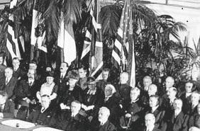 Бои окончательно прекратились в январе 1919 года, но мир ещё не наступил. Юридически Франция по-прежнему находилась в состоянии войны
