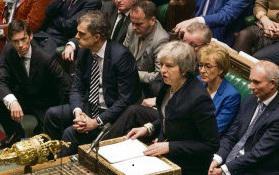 Великобритания постепенно погружается в кризис. Сокрушительное поражение Терезы Мэй в Парламенте во вторник вечером на этой неделе было историческим для британского правительства