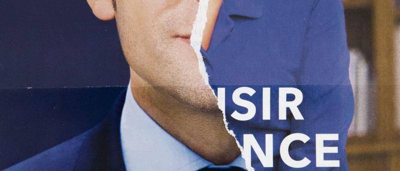 В воскресенье станет известно, сколько голосов наберёт список кандидатов от парламентского большинства с громким названием «Возрождение». А пока президент Франции, под чьей эгидой проходит кампания движения «Вперёд, Республика!» (ВР) по выборам в Европарламент, искушает судьбу, забыв, что итоги голосования могут обернуться и против него