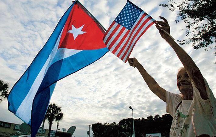 Президент Соединённых Штатов хочет вернуться к пересмотру «сделки», заключённой между его предшественником в Белом доме Бараком Обамой и кубинским президентом Раулем Кастро