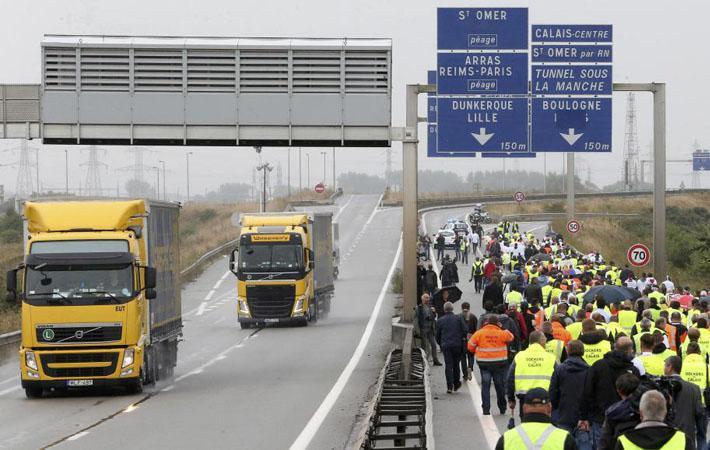 По окончании тринадцатичасовых переговоров между профсоюзами, союзом нанимателей и государством, которые, после десяти дней забастовки, состоялись в среду и продолжались до позднего вечера, дорожники вышли «удовлетворёнными».