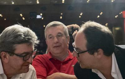 Вчера, после недели ажиотажа и суеты в прессе, «непокорённые» предприняли попытку напомнить о себе на европейской политической арене.