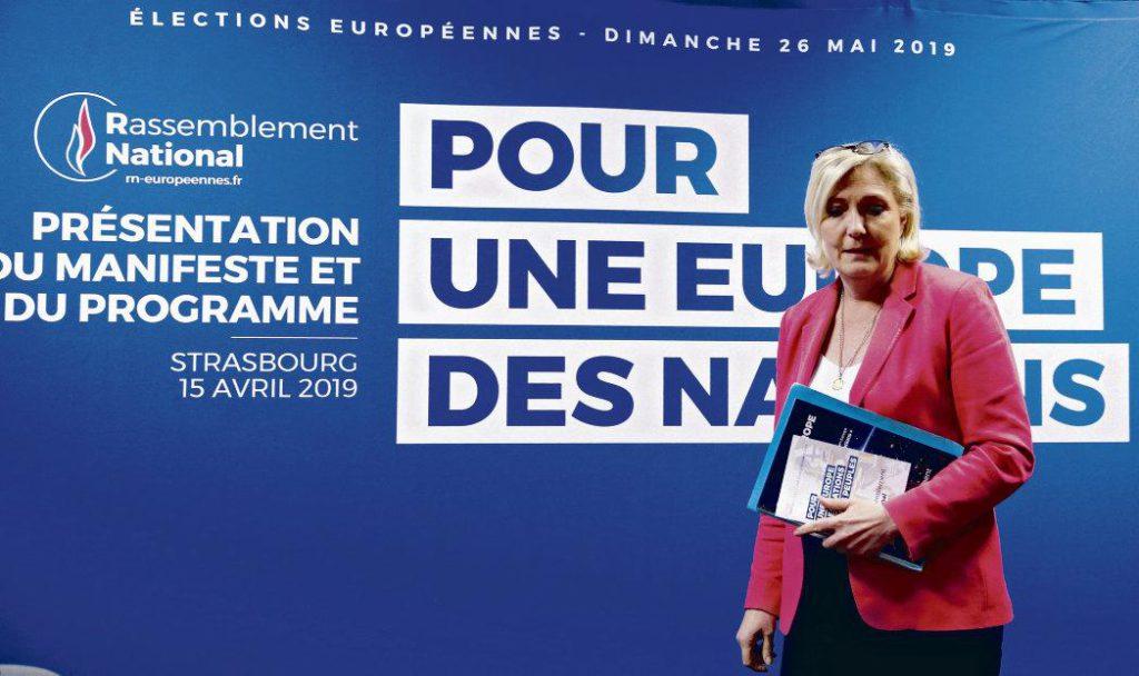 Основной идеей проекта, представленного вчера в Страсбурге лидером партии «Национальное объединение», является так называемый «локализм», отражающий взгляд на «Европу наций» сквозь призму идентичности.