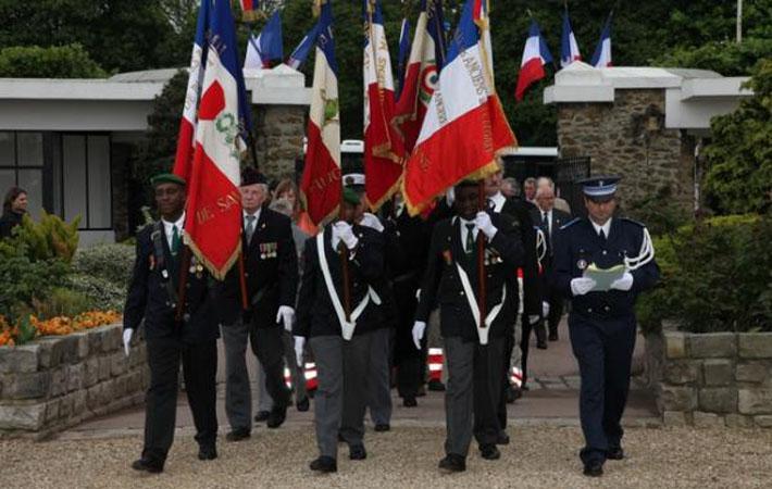 Во время празднования годовщины 8 мая 1945 года в 2016 году мы посчитали необходимым выступить с призывом признать, наконец, все колониальные преступления, совершённые Францией, а не ограничиваться только лишь отдельными претензиями.