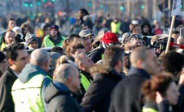 Власти нужно было ослабить протесты любым способом и любой ценой.