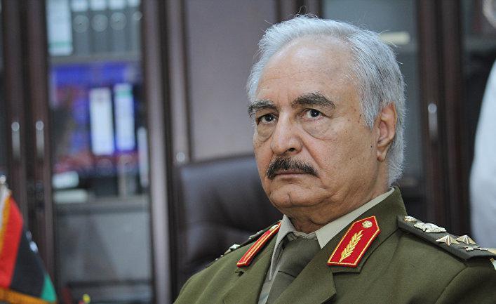 С одной стороны – Саудовская Аравия и Объединённые Арабские Эмираты, с другой – Турция и Катар. Стремясь отстоять свои региональные интересы, государства Ближнего Востока ведут опосредованную войну друг с другом на территории Ливии