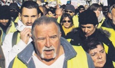 В субботу они вновь вышли на улицы, несмотря холод, усталость и шок после теракта в Страсбурге. А также вопреки усилиям правительства и отдельных средств массовой информации, постоянно говорящих о мерах, которые в понедельник пообещал принять Эммануэль Макрон