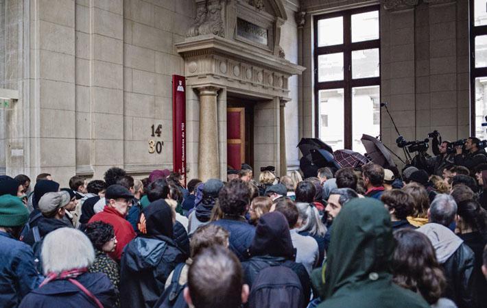 Сегодня во второй половине дня в 14-й палате исправительного суда Парижа начинается политический процесс.