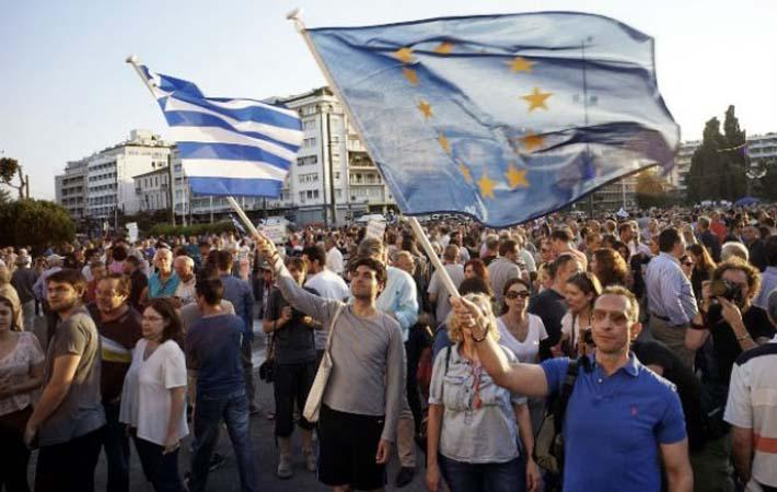 15 июня в Брюсселе, во время заседания Еврогруппы, как это обычно происходит последние восемь лет, кредиторы потребовали от греческого правительства новых уступок.