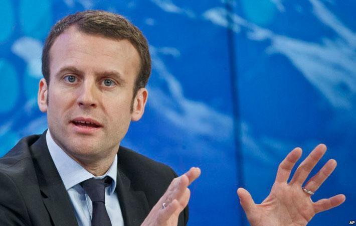 В видеоролике, снятом «Францией Непокорённой» в рамках официальной предвыборной парламентской кампании, Жан-Люк Меланшон призывал принудить Эммануэля Макрона к политическому сосуществованию.