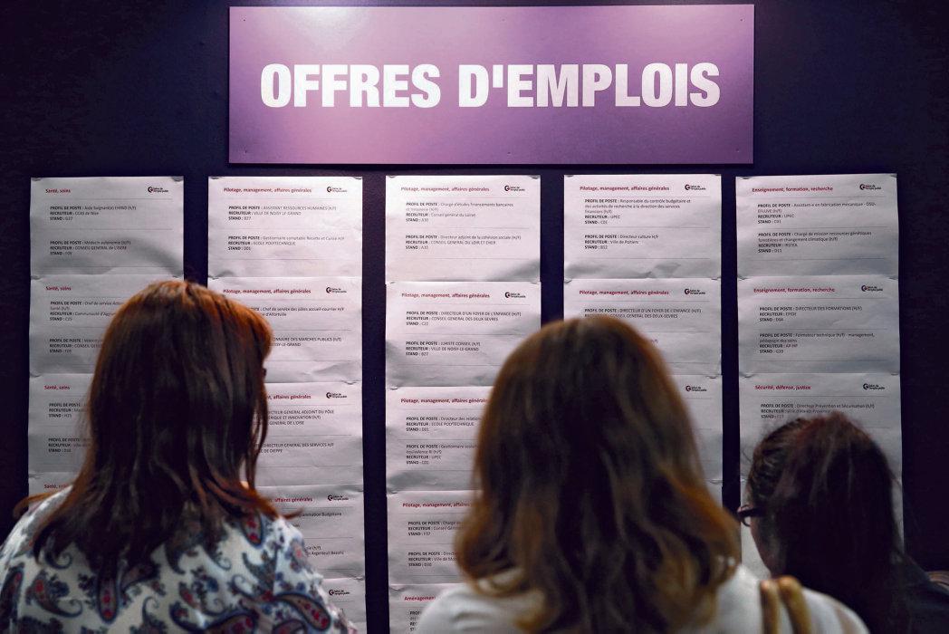 В опубликованном вчера докладе Французского института статистических исследований (Insee) под названием «Франция в Европейском Союзе» приводятся уточнённые данные об уровне бедности. В тексте фигурируют такие понятия, как «недостаточность» и «неполная занятость»