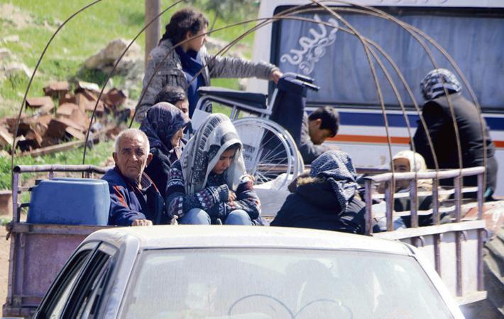 20 февраля турецкая армия и её пособники (бывшие боевики «Исламского государства» (ИГ)[1]) вторглись в сирийский район Африн. В ходе этого по-настоящему ужасного наступления убиты сотни мирных жителей, десятки тысяч вынуждены бежать