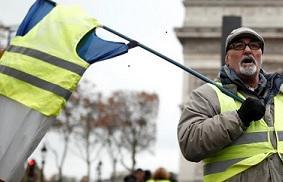 Министерство внутренних дел объявило о 46000 протестующих по всей Франции, 5800 из которых – в Париже, плюс крупные акции протеста в Бордо, Тулузе, Клермон-Ферране, Ренне, Лилле. Это на 5000 больше, чем на прошлой неделе