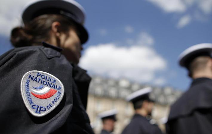 Сенаторы-коммунисты и экологи хотят реабилитировать участковых полицейских, и тому есть многие причины. Они предложили проект закона, который будет рассмотрен 13 декабря