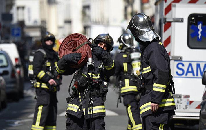 Они занимаются одной из самых популярных профессий во Франции. Согласно опросу, опубликованному в 2014 году, именно пожарные больше всего внушают людям доверие, обгоняя в рейтинге врачей и медсестёр