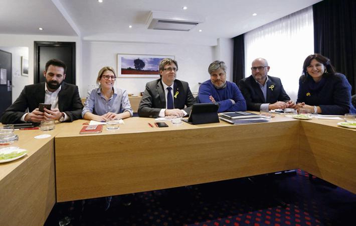 Отношения между Каталонией и Испанией – хуже некуда. 21 декабря состоялись выборы, а в прошлую среду парламент Каталонии собрался на своё первое заседание