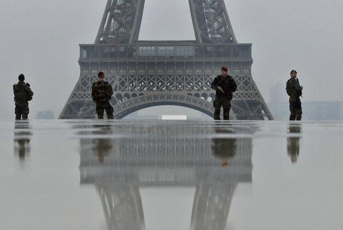 В операции «Караульный» исполнительная власть решила использовать армейские силы. Они будут помогать полицейский в поддержании порядка во время следующей акции протеста