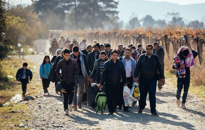 Для Виктора Орбана это новый поворот в его борьбе против просителей убежища. Почти год спустя после провала референдума 2 октября 2016 года против принятия беженцев на территории Венгрии премьер-министр, который возвел 175-километровый «противомигрантский» забор, получил от европейского правосудия «от ворот поворот»