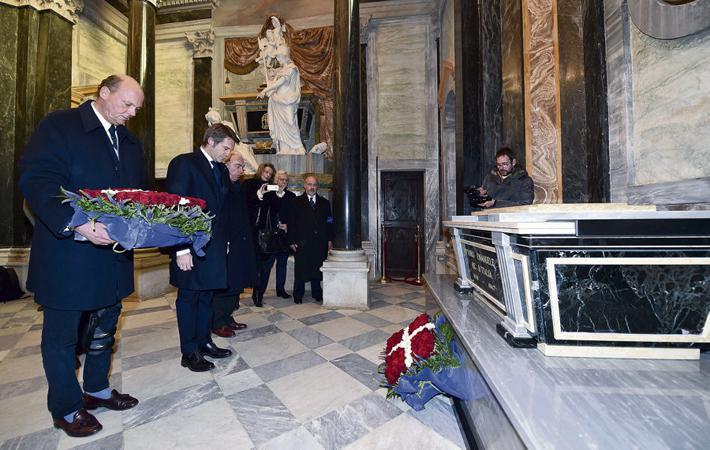 Эммануэль Филиберто Савойский, претендент на итальянский трон, на несколько дней оставил свой Фудтрак.