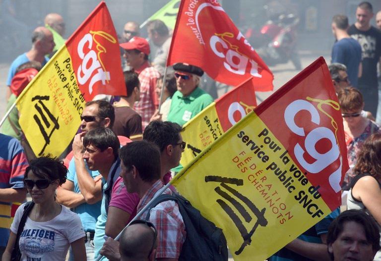 Профсоюзы «ВКТ» и «SUD rail» призывают отделение железнодорожных рабочих провести 6 и 7 июля забастовку. Практически все профсоюзные организации примут участие в будущих переговорах с предприятием SNCF и со всей железнодорожной отраслью