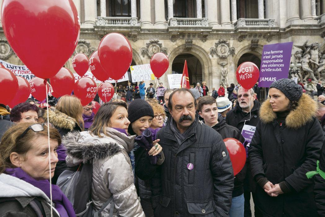 В понедельник в Дижоне открылся 52-й съезд Всеобщей конфедерации труда (ВКТ), которые продлиться в течение всей недели. Протестные выступления последних месяцев ставят перед французскими профсоюзами множество вопросов и вынуждают их менять стратегию, чтобы стать ближе к народу