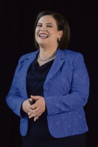 Шинн Фейн с лёгкостью победила на выборах. Мэри Лу Макдональд, возглавляющая партию после ухода Джерри Адамса, намерена собрать мажоритарное правительство левых.