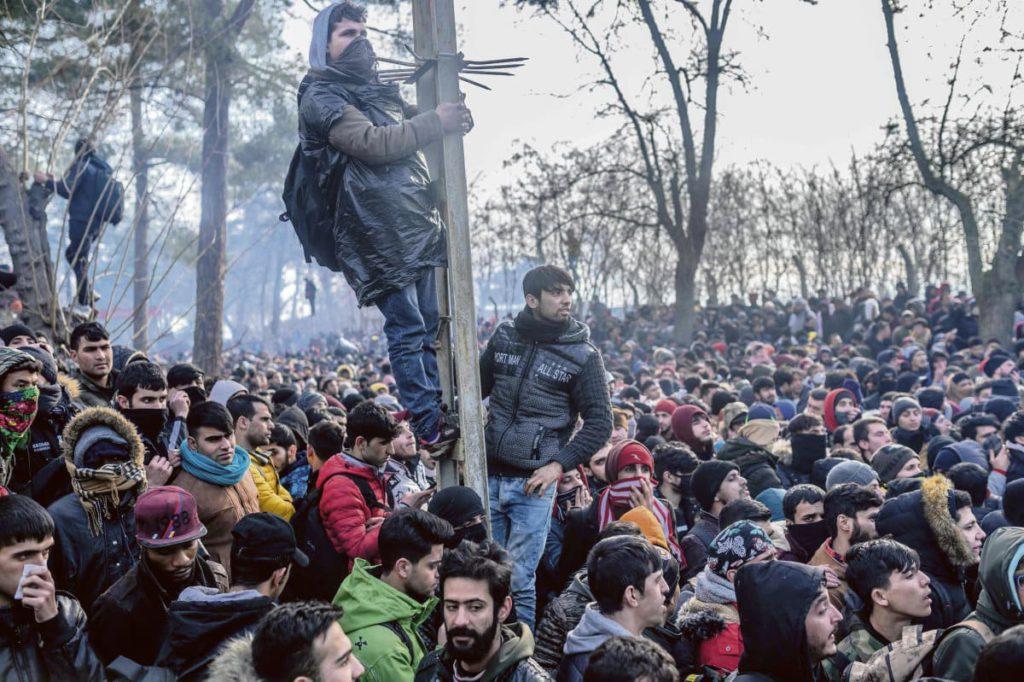 Свыше ста человек стали жертвами вооружённого противостояния между Анкарой и Дамаском на северо-западе Сирии. Потерпевший поражение Эрдоган готов на всё. Европа молчит.