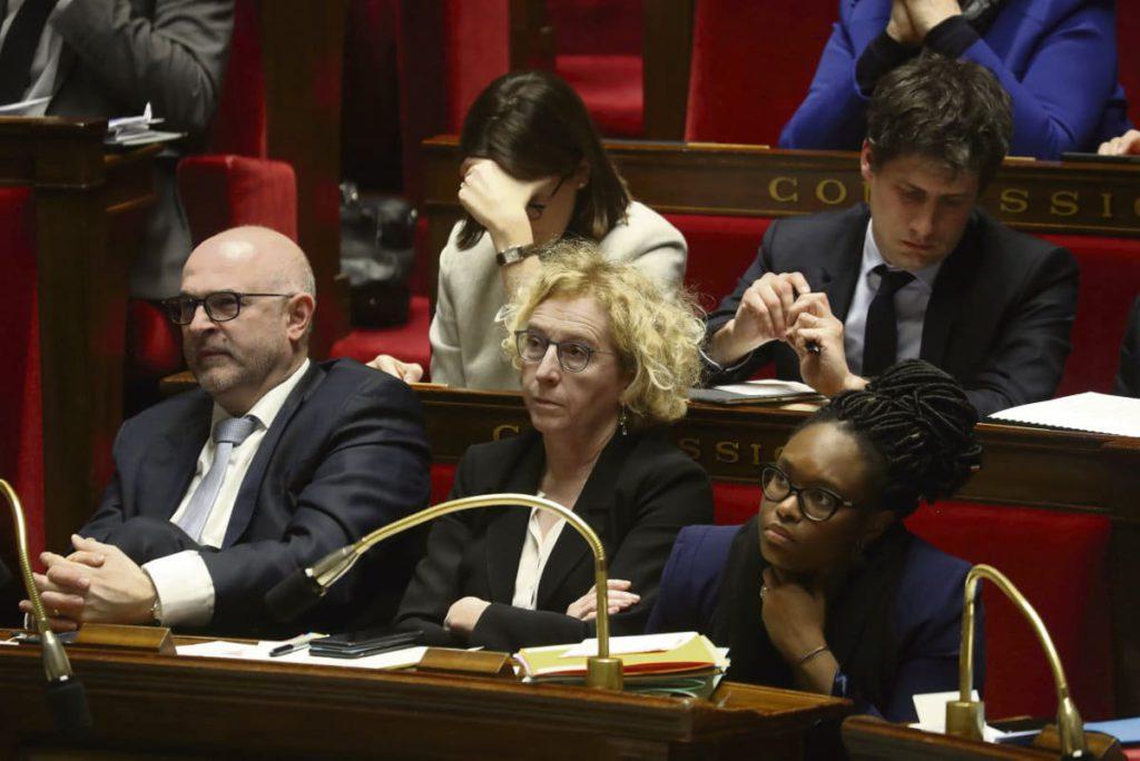 Парламентское большинство отклонило предложение об учреждении Комиссии по изучению результатов анализа возможных последствий пенсионной реформы. Оппозиция вновь говорит о нарушении принципов демократии.