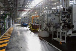 PSA, ArcelorMittal, Dassault… Крупные группы компаний приостановили деятельность на несколько дней, но уже готовятся к возобновлению работы на своих заводах, не являющихся жизненно необходимыми секторами производства, игнорируя режим изоляции. Неоправданный риск для здоровья рабочих ради прибыли.
