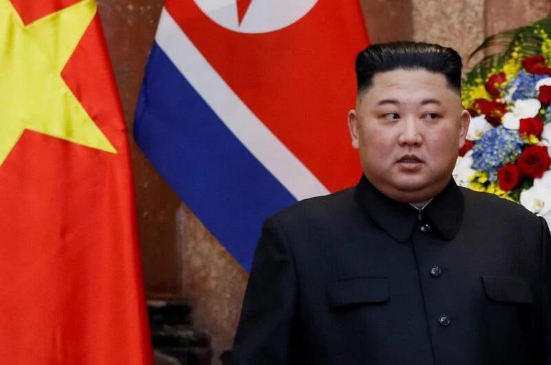 Американское издание, целиком и полностью посвящённое «people», объявило о смерти северокорейского лидера, хотя ничто не может ни подтвердить, ни опровергнуть это факт.