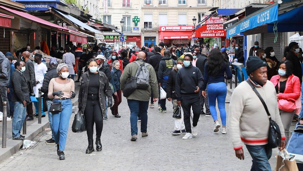Пандемия коронавируса привлекла внимание к усугубляющемуся социальному неравенству во Франции. 12 мая Национальный институт демографических исследований опубликовал информацию, давшую представление о масштабах этой проблемы.