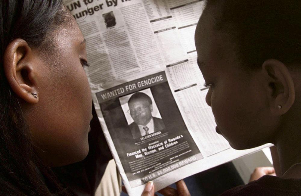 Фелисьен Кабуга, процветающий бизнесмен, обвиняемый в причастности к финансированию временного правительства Руанды в 1994 году, в субботу был арестован полицией в окрестностях Парижа, где он жил по поддельным документам.