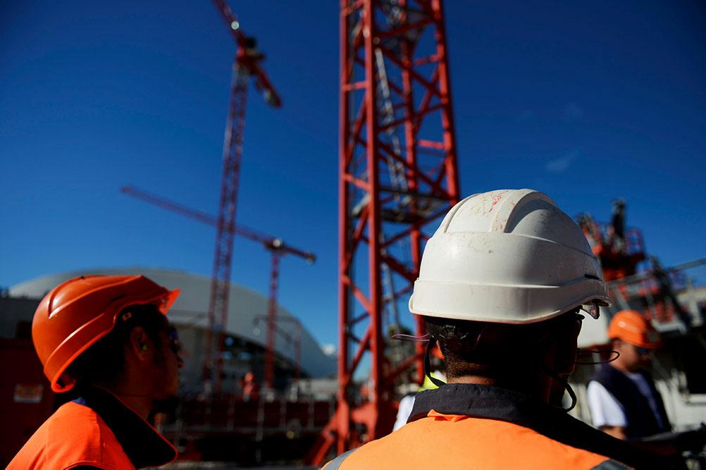 По данным Международной организации труда (МОТ), в мире общее количество предприятий, оказавшихся в критическом состоянии, достигает 436 миллионов. Свыше 1,6 миллиарда человек могут лишиться средств к существованию.