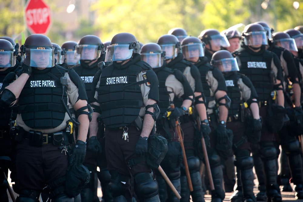 Верховный комиссар по правам человека ООН осудила Соединённые Штаты за то, что многочисленные убийства полицейскими афроамериканцев остаются безнаказанными.