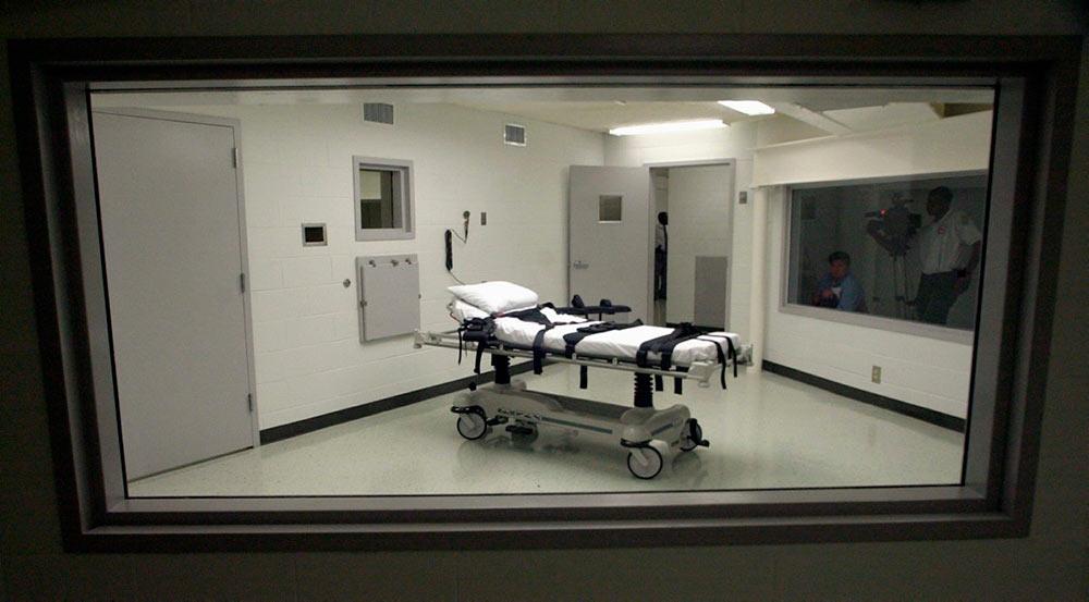 Несмотря на сопротивление общественности, смертные казни осуждённых возобновятся 13 июля.