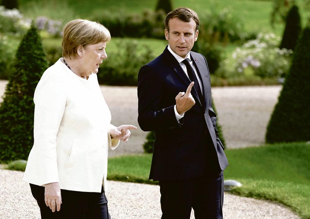 Встреча лидеров стран-членов Европейского Союза (ЕС) намечена на ближайшие выходные, но уже сейчас всё внимание приковано к предложению об общем займе, внесённому Меркель и Макроном. Для того чтобы вернуть кредит, нужно не залезать в народный карман путём введения жёсткой экономии, а искать деньги там, где они есть – в ЕЦБ, у самых богатых и в налоговых оазисах!