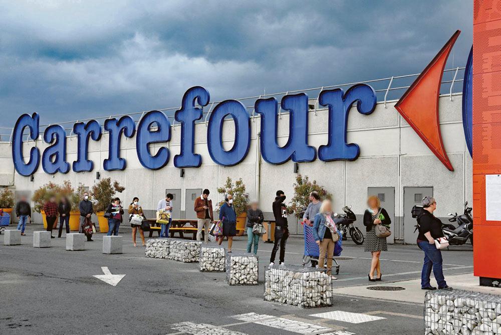 Одни впадают в уныние, другие открывают шампанское: крупные французские компании, начавшие анализировать квартальные финансовые результаты, находятся в разном положении.