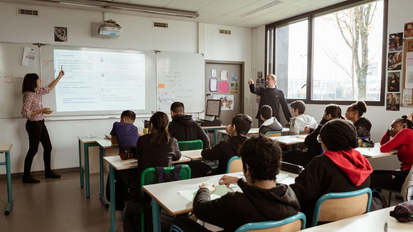 Около 10 % учеников профессиональной средней школы не стали проходить запись на новый учебный год. После режима изоляции образовательные учреждения опасаются беспрецедентной волны «ушедших школьников». Заведения не могу решить эту проблему самостоятельно.